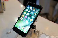 Datang Telat, iPhone 7 Tetap Disambut Meriah