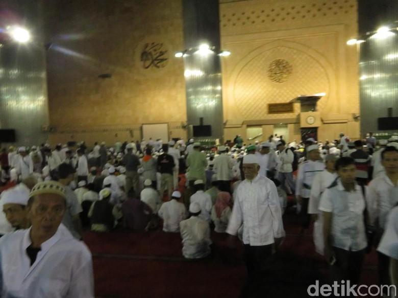 Usai Salat Magrib, Massa Aksi 313 Tinggalkan Istiqlal
