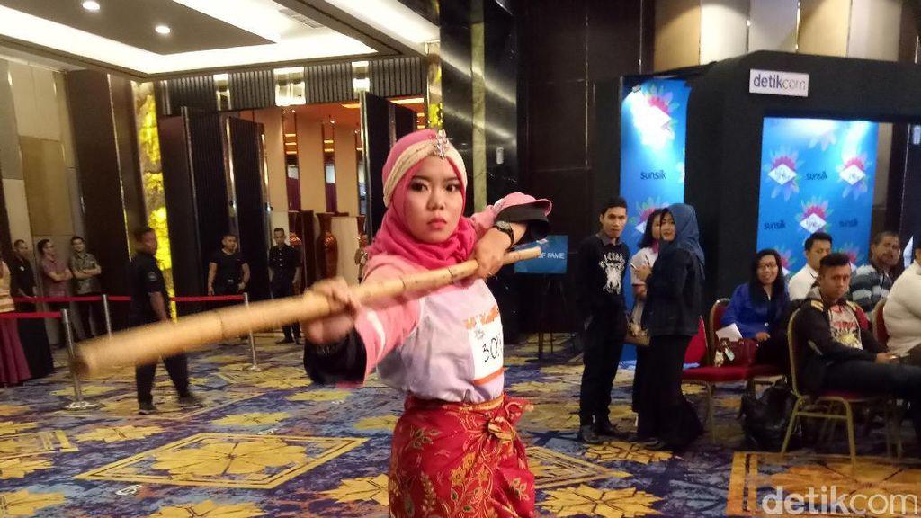 Hijabers Palembang Tampilkan Silat Tebung di Audisi Sunsilk Hijab Hunt