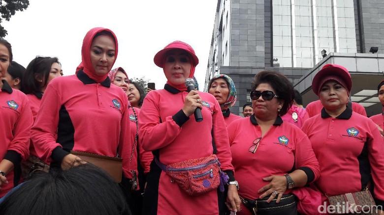 Istri Kapolri Berkomitmen Bantu Pendidikan Nasional