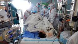 China mengalami wabah flu burung H7N9 terberat sejak tahun 2009. Foto diambil di rumah sakit Wuhan, kota di bagian tengah China bagian dari Provinsi Hubei.