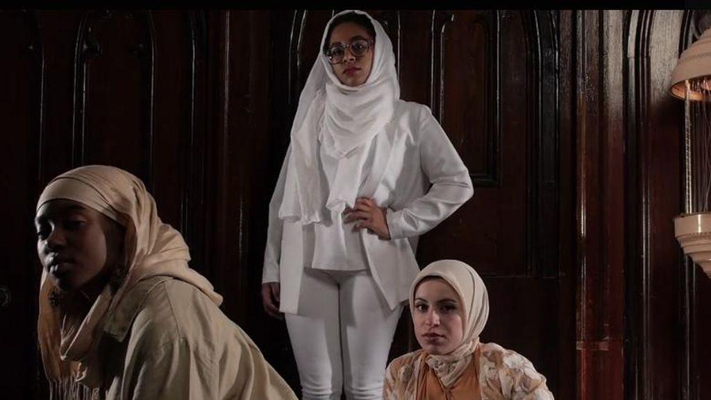 Sindir Islamophobia Lewat Lagu Rap, Hijabers Hamil Ini Jadi Viral