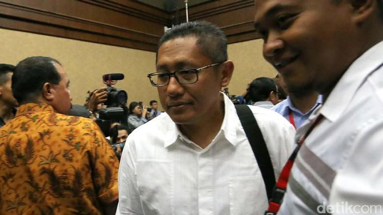 Anas Bantah Saya Ketemu Novanto - Jakarta Mantan Ketua Umum Partai Demokrat Anas Urbaningrum membantah keras pernah menerima uang atau apapun dari Andi Agustinus