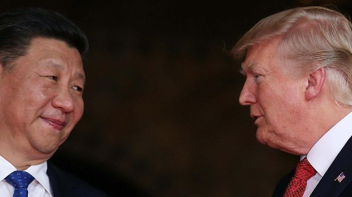 Presiden China Xi Jinping bersama Presiden AS Donald Trump (Foto: Pool)
