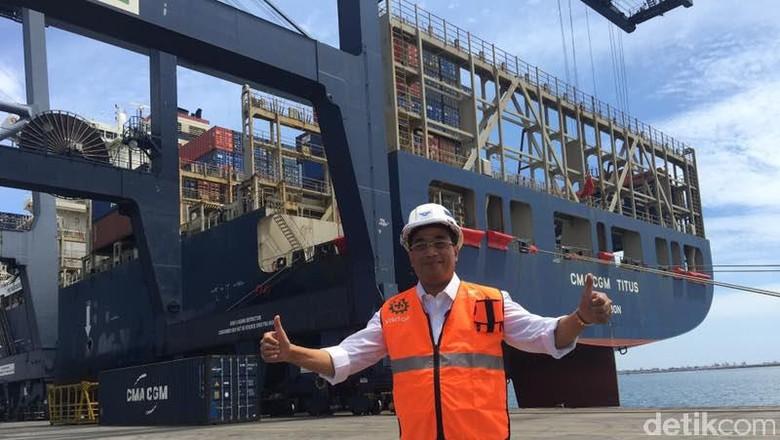 Priok Disandari Kapal Raksasa, Menhub: Harus Saingi Singapura