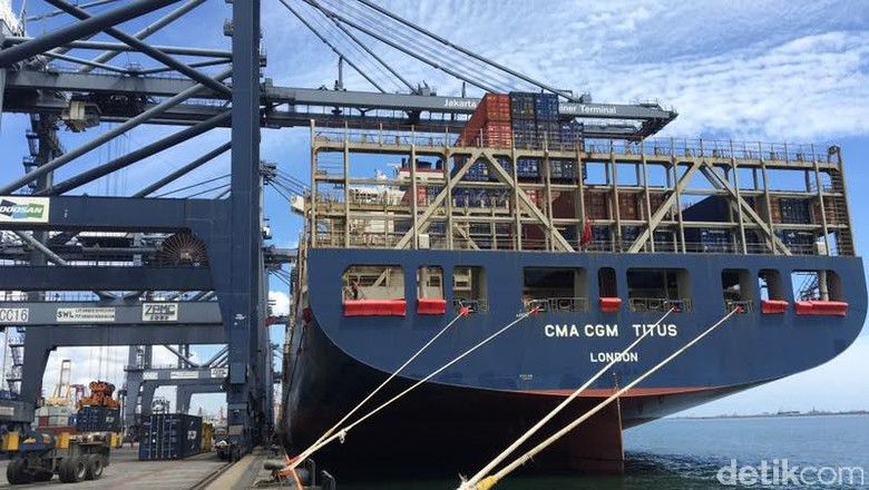 Kini Kapal Raksasa Bersandar Seminggu Sekali di Priok