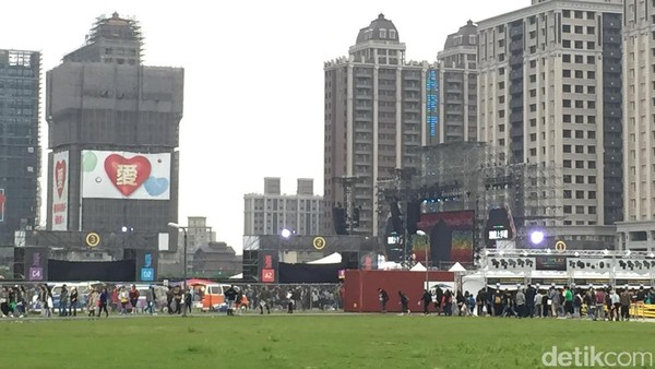 Nonton Coldplay di Taiwan, Ini yang Wajib Dipakai
