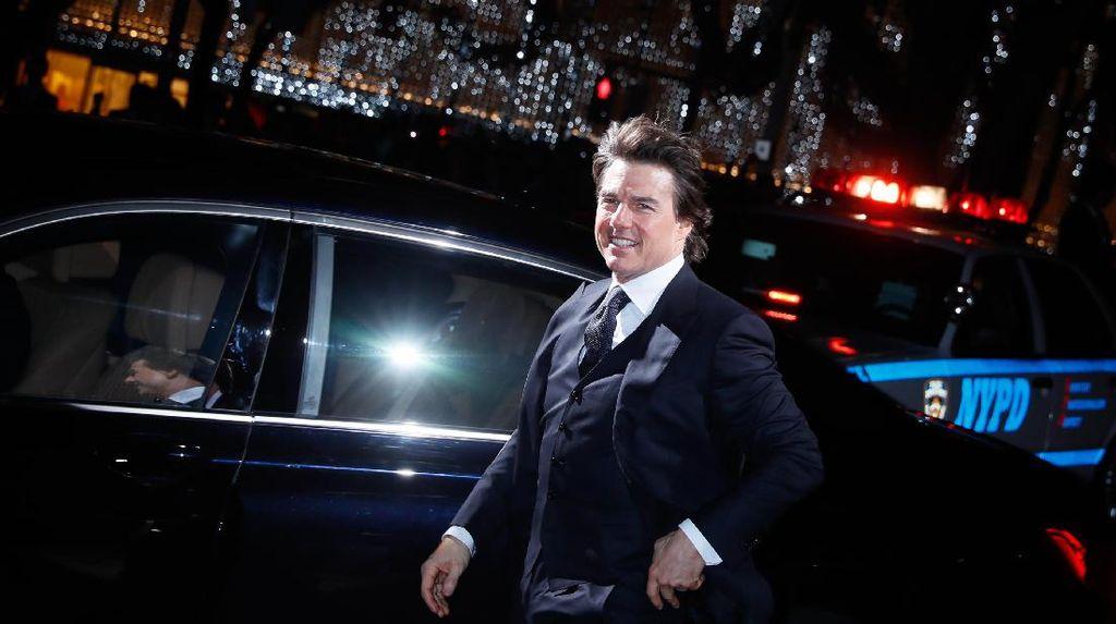 Tom Cruise Hancurkan Mobil BMW