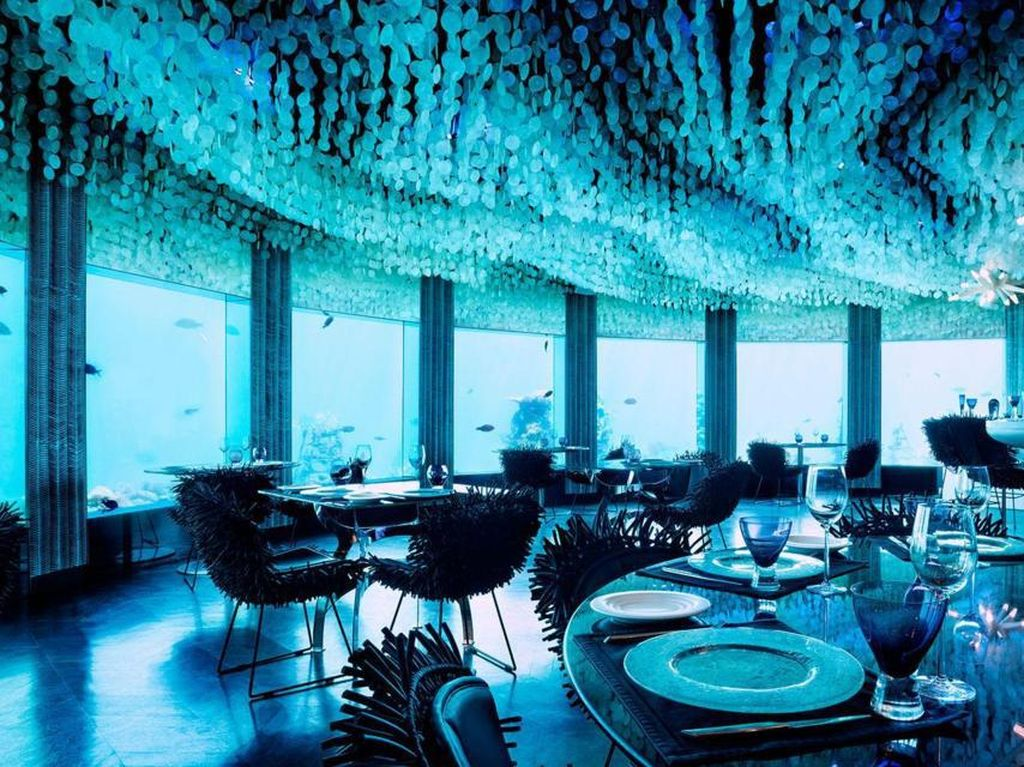 Di Maladewa, Bisa Makan dan Dugem di Bawah Laut
