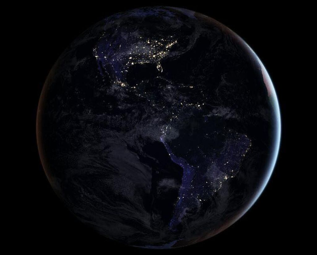 Jepretan foto ini diambil dari satelit NASA-NOAA Suomi National Polar-orbiting Partnership (NPP) pada tahun 2011. Foto: NASA