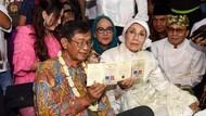 Suami Nani Widjaja Dilarikan ke IGD karena Serangan Jantung?