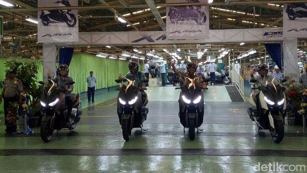 Motor XMAX <I>Made in</i> Pulogadung Mulai Dikirim ke Eropa
