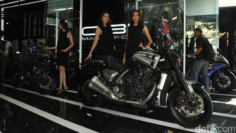 Yamaha Hentikan Produksi VMAX