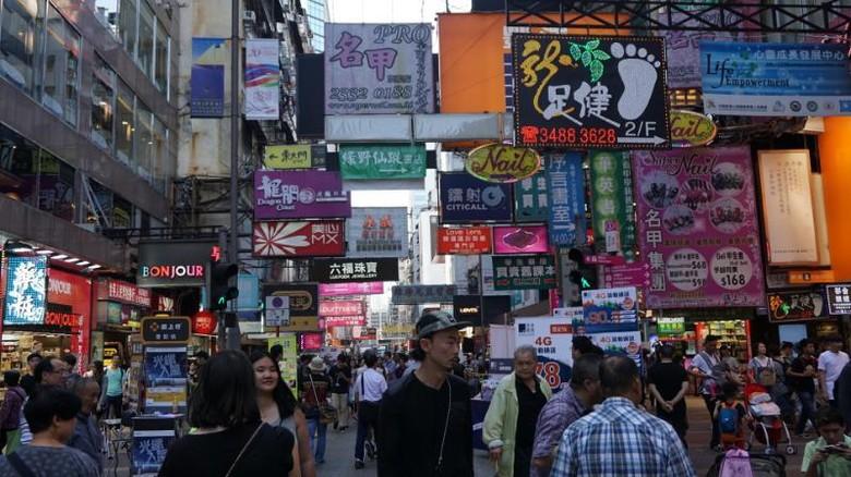Inilah Mong Kok, lokasi untuk belanja oleh-oleh di Hong Kong (Masaul/detikTravel)