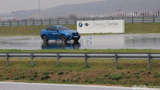 Ini Cara BMW Indonesia Goda Konsumen Premium