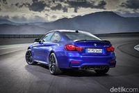 Melihat Langsung BMW M4 CS Terbaru