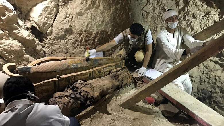 Mumi Berusia 3.500 Tahun Ditemukan di Mesir