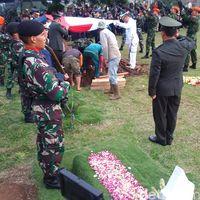 Pemakaman Wadan Sesko TNI Meninggal Berlangsung Haru