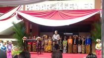 Resmikan Pasar Klewer, Jokowi: Jangan Kalah dengan Mal