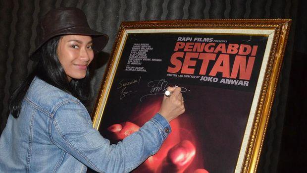 Tara Basro ketika menghadiri jumpa pers film 'Pengabdi Setan'