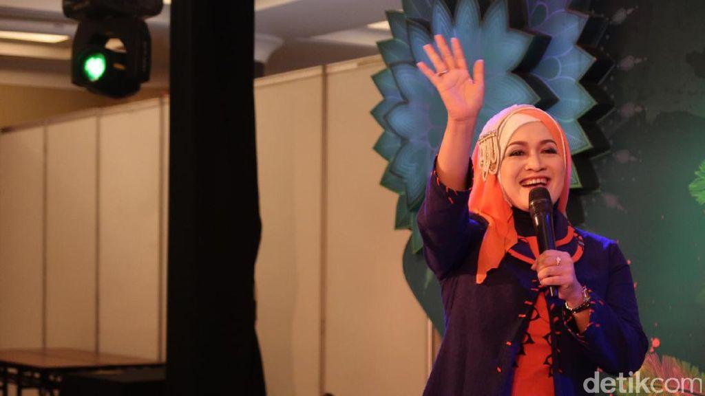 Istri Wagub Jabar, Giselawati Mizwar Ramaikan Audisi Sunsilk Hijab Hunt