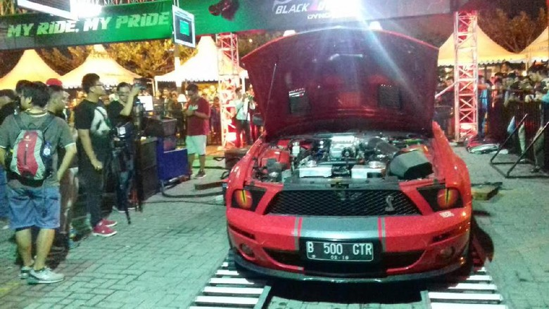 Mustang GT500 Pecahkan Rekor Dyno Tes di BlackAuto Battle