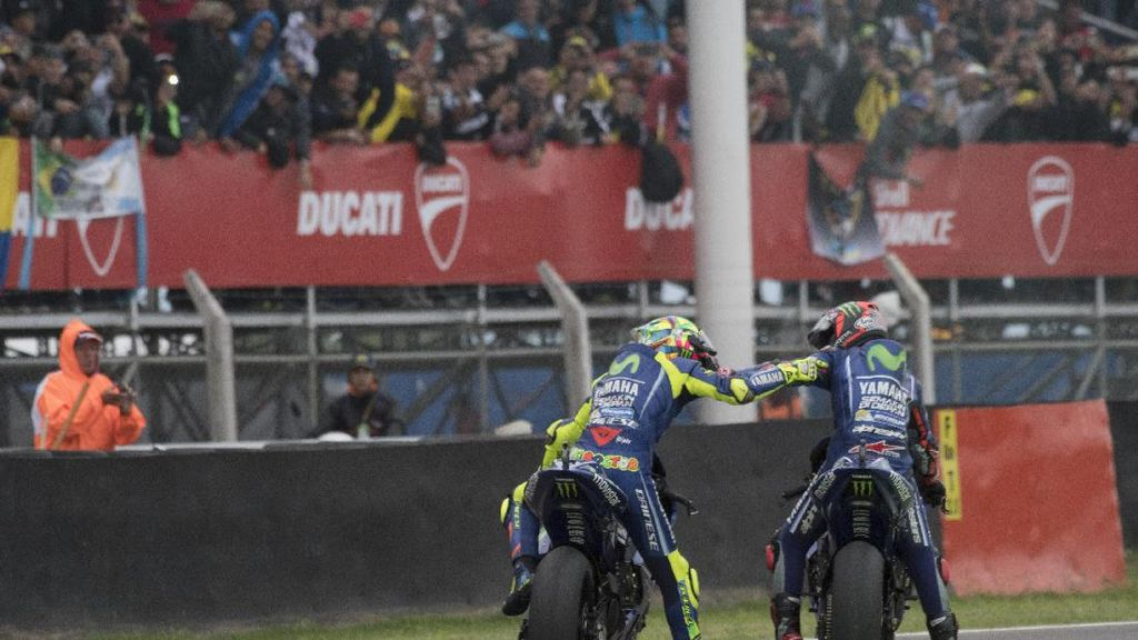 Marquez Kian Unggul, Akankah Rossi Memberi Jalan untuk Vinales?