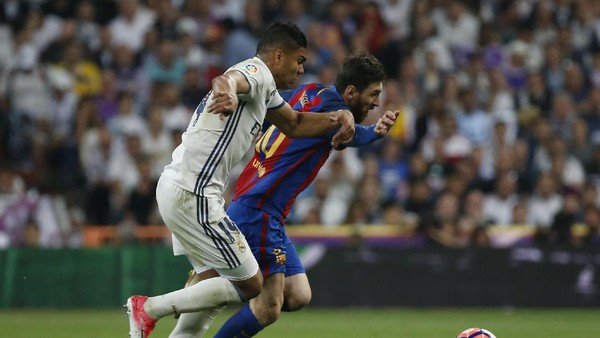 Barcelona Berlari Lebih Banyak dari Madrid di Santiago Bernabeu