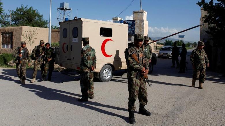 Taliban Serang Pos Militer Afghanistan, 18 Tentara Tewas