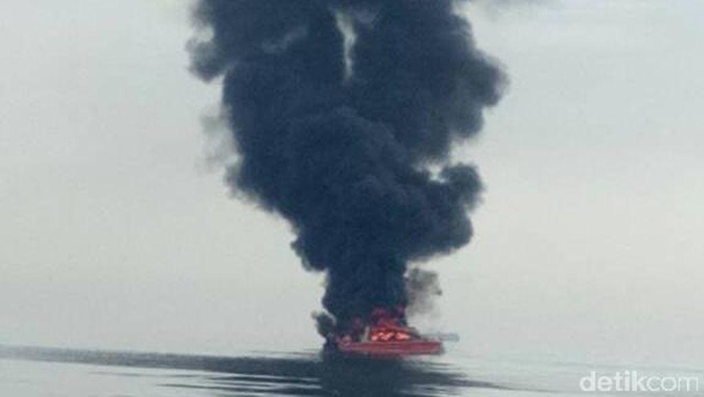 Polisi Masih Periksa Nakhoda Kapal yang Terbakar di Pulau Seribu