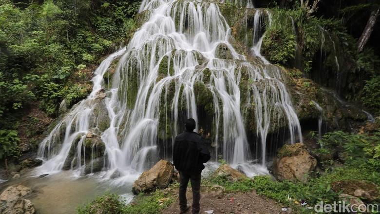 Air Terjun Mauhalek (Grandyos/detikFoto)