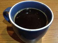 Coffeewar: Di Sini Ada Lumpia Rendang dan Brownies Kemiri yang Unik