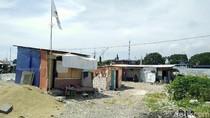 Bertahan di Penggusuran, Warga Kampung Akuarium Minta Bangunan Layak