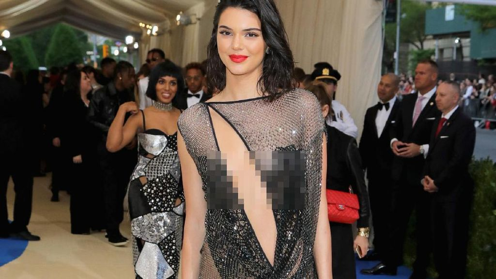 Terinspirasi dari Kendall Jenner, Operasi Mengecilkan Betis Besar Jadi Tren