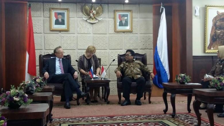 Dubes Rusia Temui Ketua DPD, Bahas Kerja Sama Energi Termasuk Nuklir