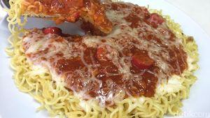 Pizza Mie Saus Bolognese dan Lelehan Keju Bisa Dibuat Sendiri dengan Cara Ini
