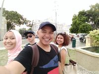 Oppo F3 Plus: Layar Besar, Jago Selfie