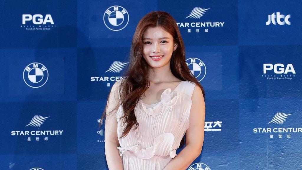 Aktris Korea Ini Banjir Pujian karena Pakai Gaun Pesta Harga Terjangkau