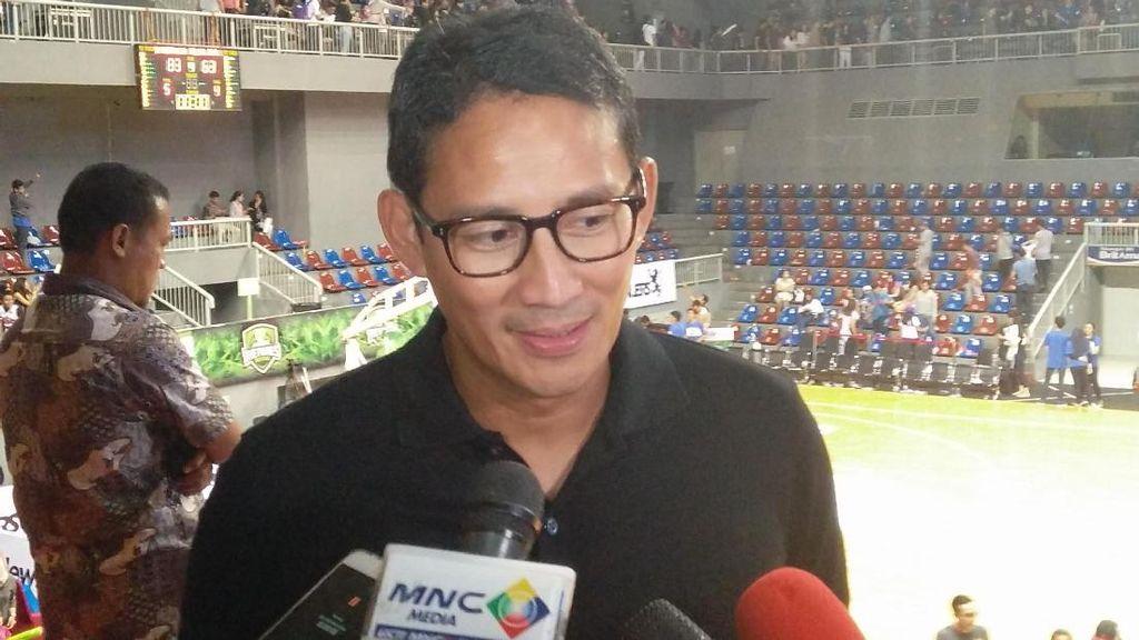 Tonton Final IBL, Sandiaga: Seru Banget