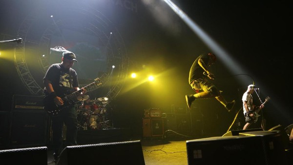 Panasnya Moshing Bersama Seringai di Hammersonic 2017