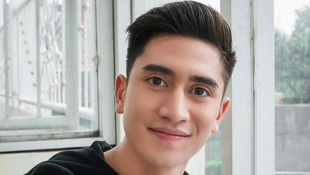 Verrell Bramasta Kabur, Asisten Bentak: Jangan Ada yang Ambil Gambar!