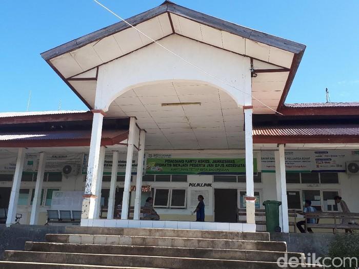 Rumah Sakit Penyangga Perbatasan (RSPP) Betun merupakan rumah sakit Kategori D yang hanya memiliki empat dokter spesialis, antara lain dokter spesialis penyakit dalam, bedah, anak, dan spesialis saraf. (Foto: Suherni Sulaeman)