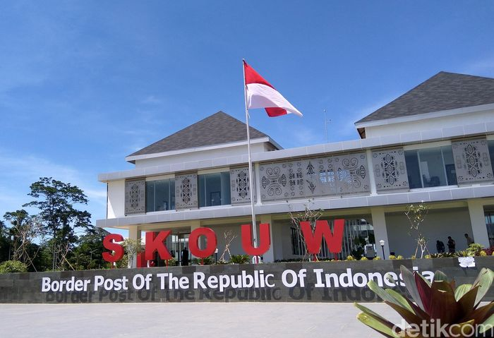 PLBN Skouw yang menjadi teras terdepan Indonesia dengan Papua Nugini rencananya akan diresmikan oleh Presiden Joko Widodo, Selasa 9 Mei mendatang.