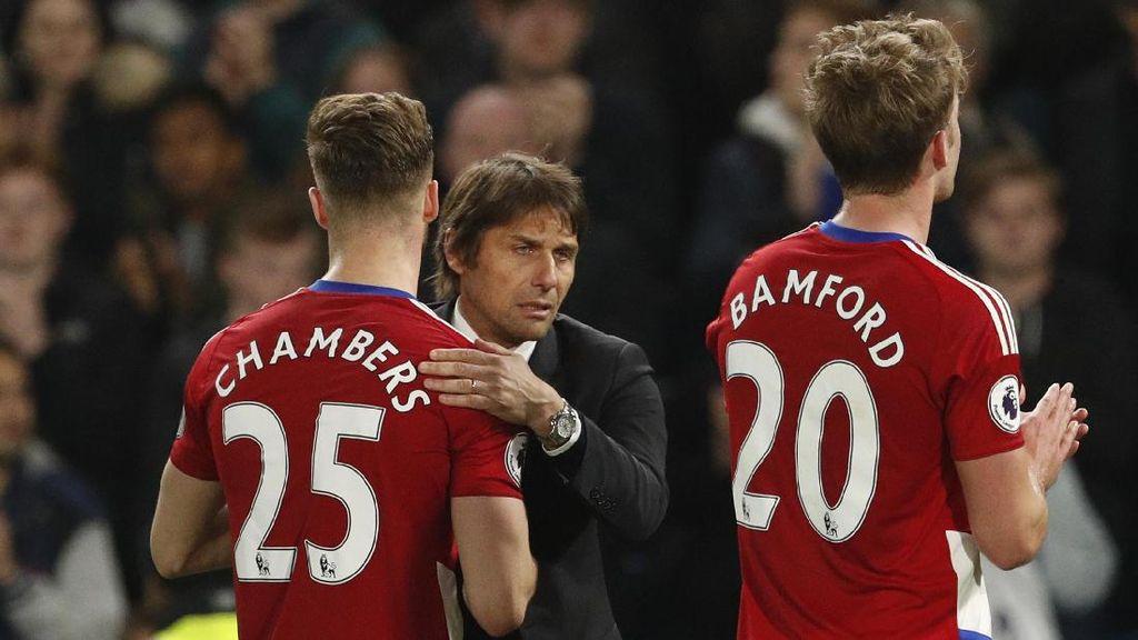 Aksi Berkelas Conte di Stamford Bridge