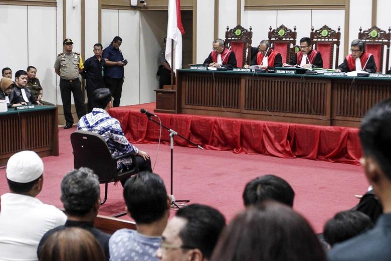 Hakim Nilai Ahok Terbukti Sengaja Bicara Al-Maidah 51