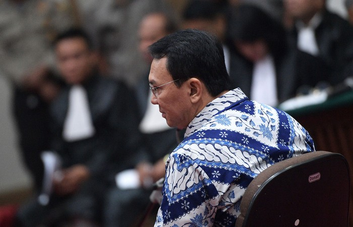 Basuki Tjahaja Purnama (Ahok) saat mengikuti sidang vonis. Foto: Pool/Sigid Kurniawan