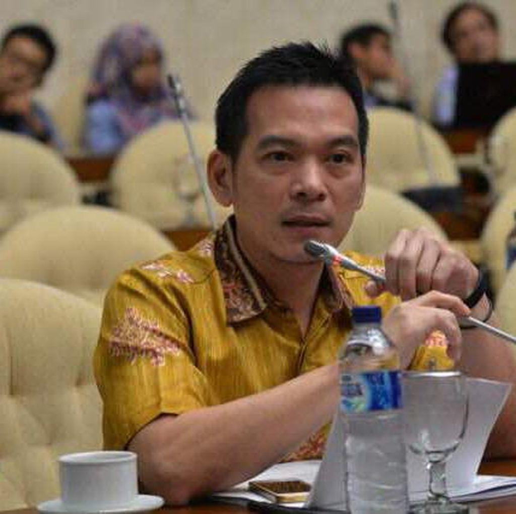 Gelar Pahlawan ke Soeharto Pupus, PKB: Gus Dur Saja Belum Terwujud