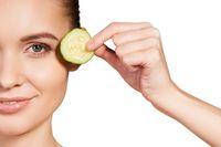 5 Bahan Makanan Ini Bantu Kurangi Produksi Minyak Berlebih di Wajah