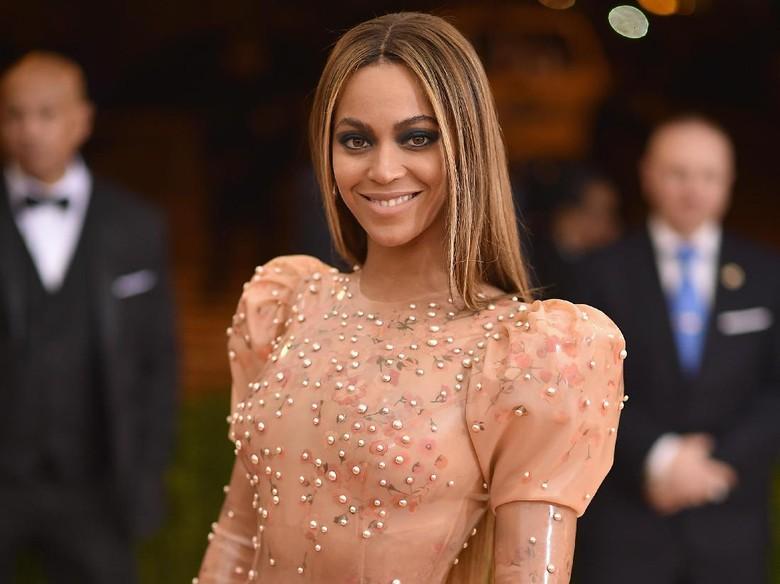 Beyonce Sudah Kembali Seksi Usai Lahikan Anak Kembar 2 Bulan Lalu