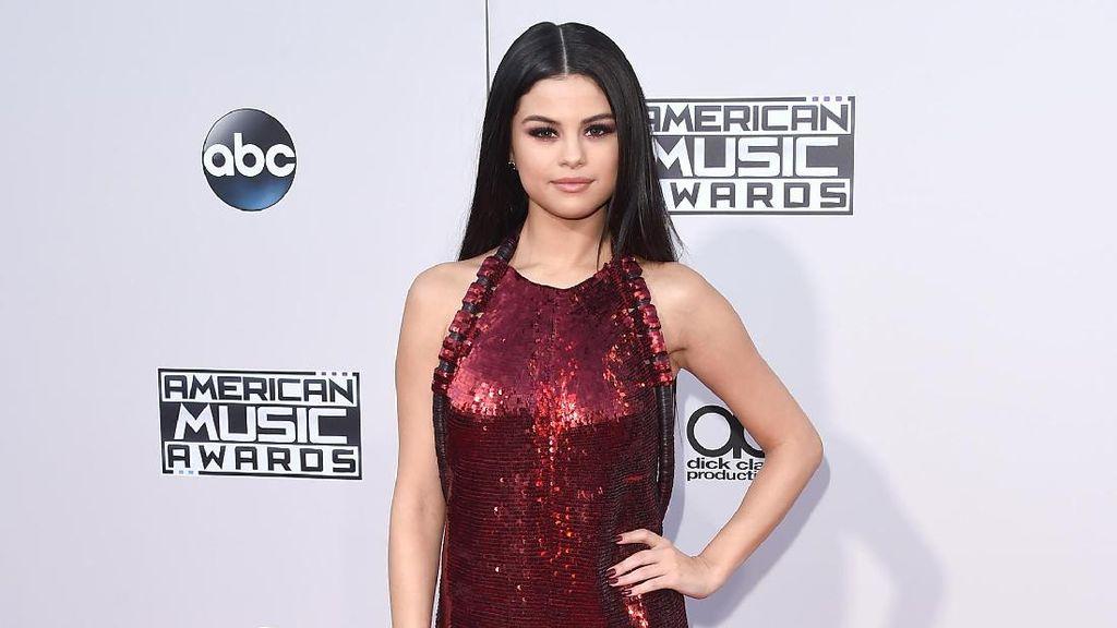 Akun Instagram Diretas, Selena Gomez Unggah Foto Telanjang Justin Bieber